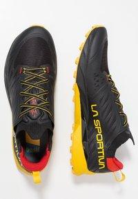 La Sportiva - KAPTIVA - Scarpe da trail running - black/yellow - 1