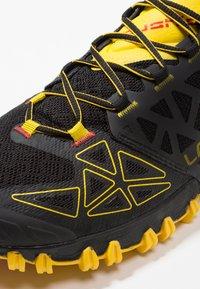 La Sportiva - BUSHIDO II - Trail hardloopschoenen - black/yellow - 5