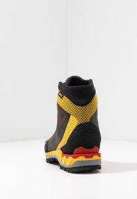 La Sportiva - TRANGO TECH GTX - Obuwie hikingowe - black/yellow - 3