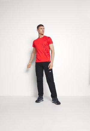 LEAD - T-shirt med print - poppy
