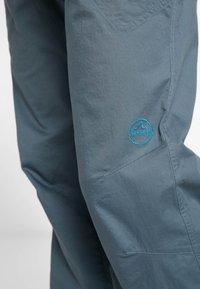 La Sportiva - BOLT PANT  - Trousers - slate/tropic blue - 4
