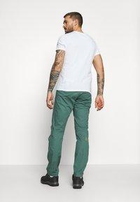 La Sportiva - ROOTS PANT  - Trousers - pine/kiwi - 2