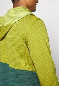 La Sportiva - TRAINING DAY HOODY - Zip-up hoodie - kiwi/pine - 4