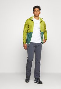 La Sportiva - TRAINING DAY HOODY - Zip-up hoodie - kiwi/pine - 1