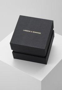 Larsson & Jennings - LUGANO - Hodinky - gold-coloured/white - 2