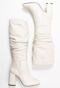 LAB - Boots med høye hæler - greige - 3