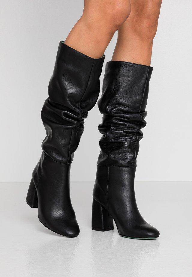 Laarzen met hoge hak - savage black