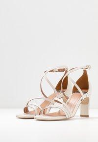 LAB - Bridal shoes - sol panna - 4