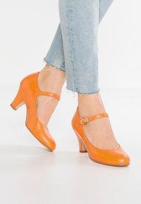 LAB - Classic heels - naranja - 0