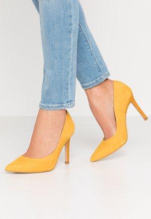 High heels - zambo marrakech