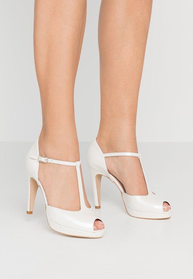 Højhælede peep-toes - white