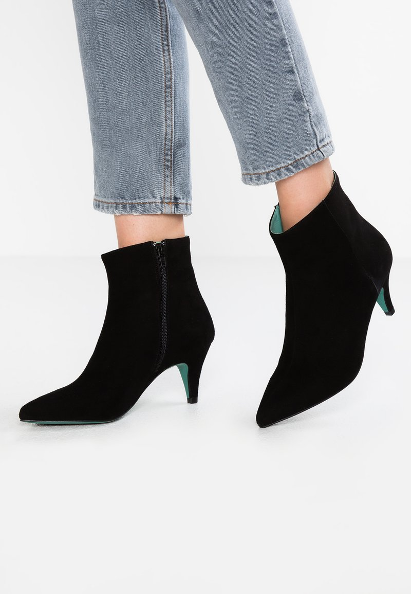 LAB - Classic ankle boots - black