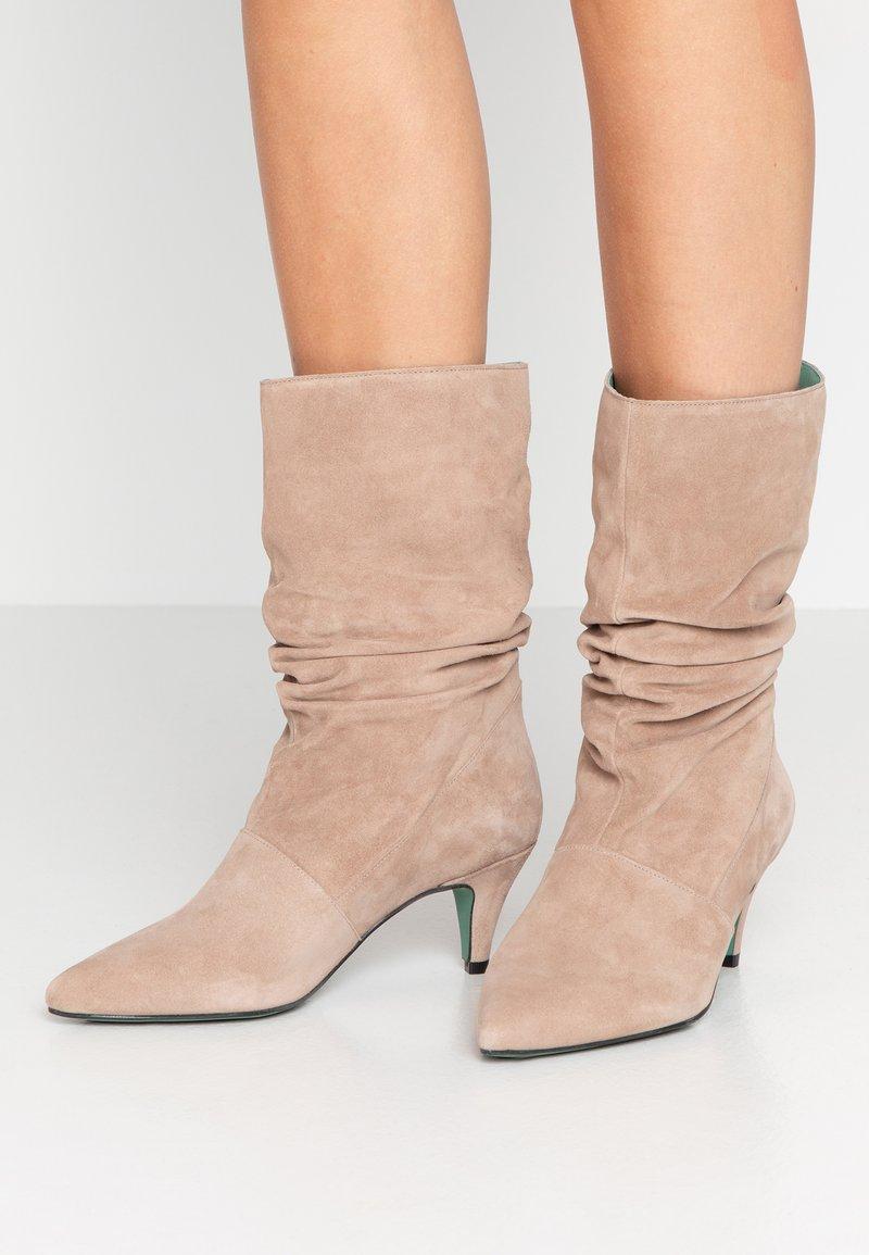 LAB - Boots - corda