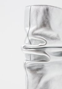 LAB - Boots - galaxy silver - 2