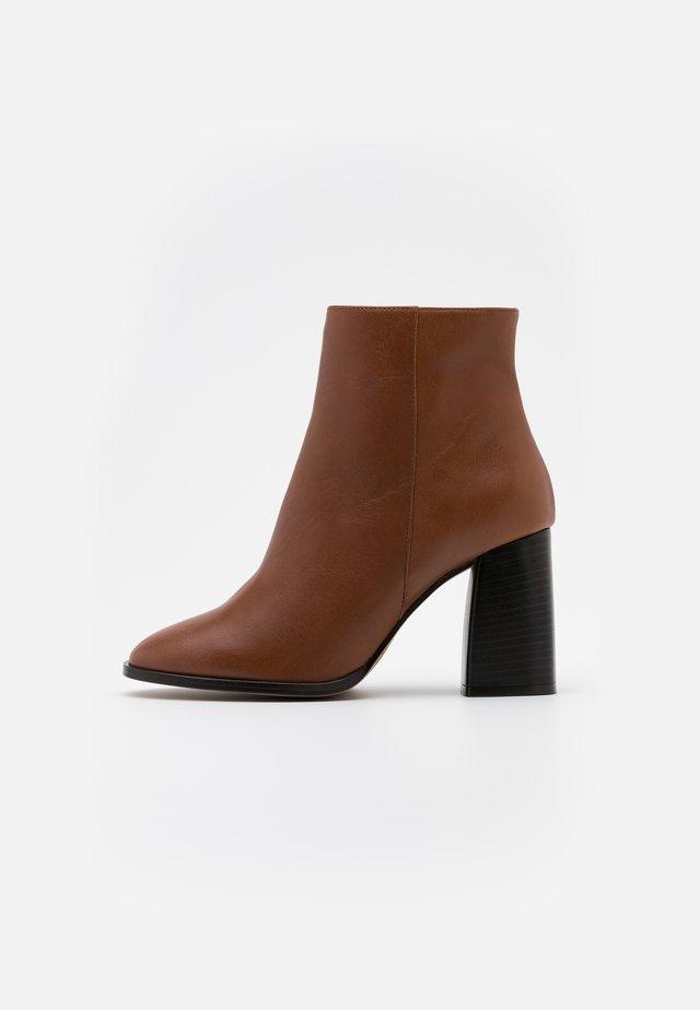 Boots à talons - volga