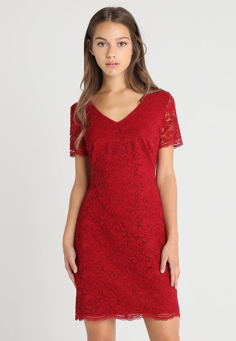 Lauren Ralph Lauren Petite - GORDY - Robe de soirée - vibrant garnet