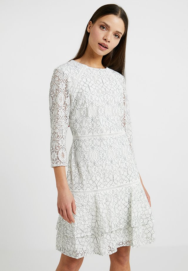 HALIMA SLEEVE DAY DRESS - Shift dress - white