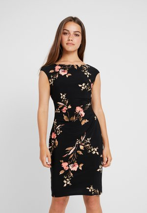 NOVELLINA CAP SLEEVE DAY DRESS - Sukienka etui - black/pink/multi