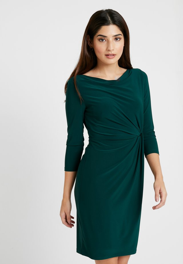 TRAVA SLEEVE DAY DRESS - Shift dress - dark fern