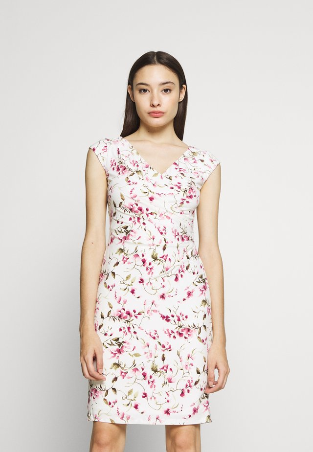 BRANDIE CAP SLEEVE DAY DRESS - Vapaa-ajan mekko - cream/pink/multi
