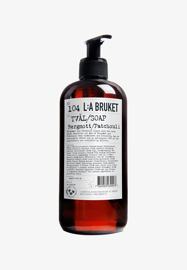 L:A Bruket - LIQUID SOAP 450ML - Flüssigseife - no.104 bergamot / patchouli