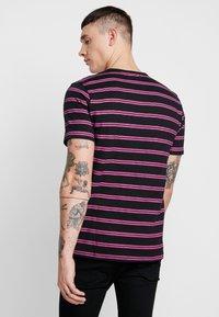 Ladron De Jeans - JAYJAY STRIPE TEE - T-shirt imprimé - black - 2