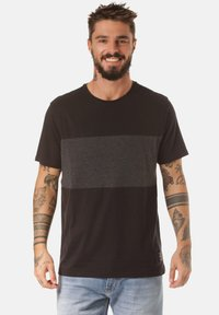 Lakeville Mountain - Print T-shirt - black - 0