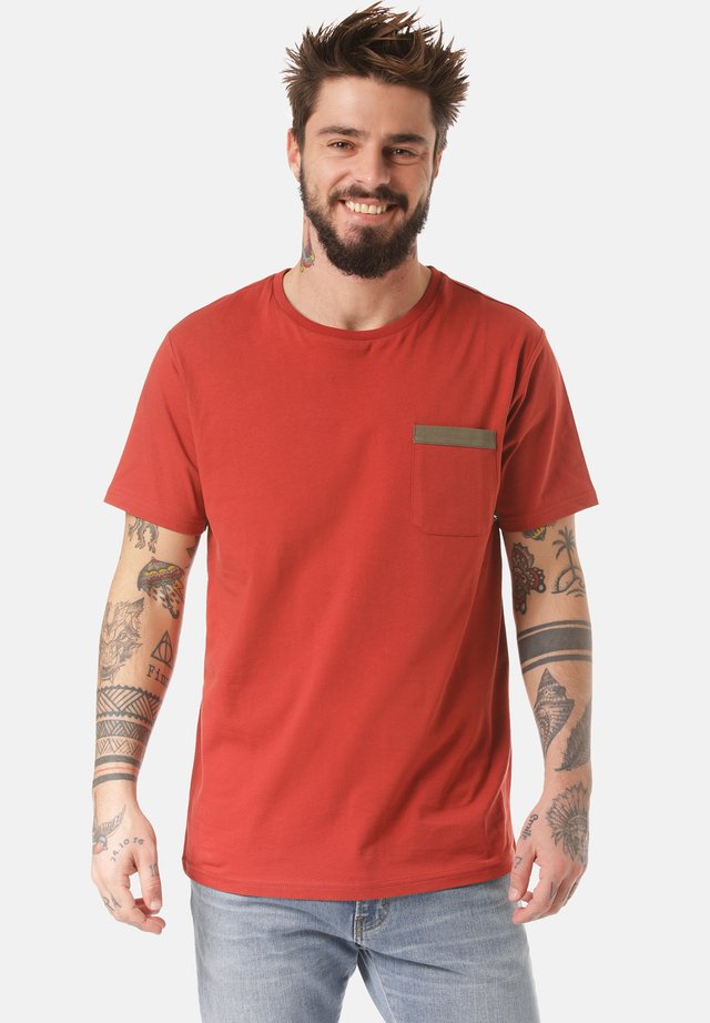 T-SHIRT DALO - Basic T-shirt - orange