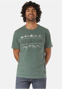 Lakeville Mountain - GAMBA - Print T-shirt - green - 0