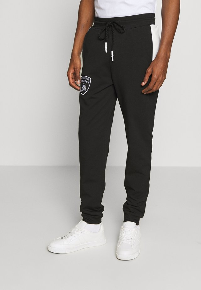 SHIELD LOGO JOGGERS - Spodnie treningowe - black