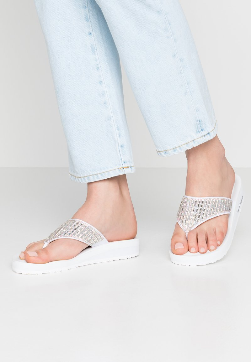 Laura Biagiotti - T-bar sandals - white