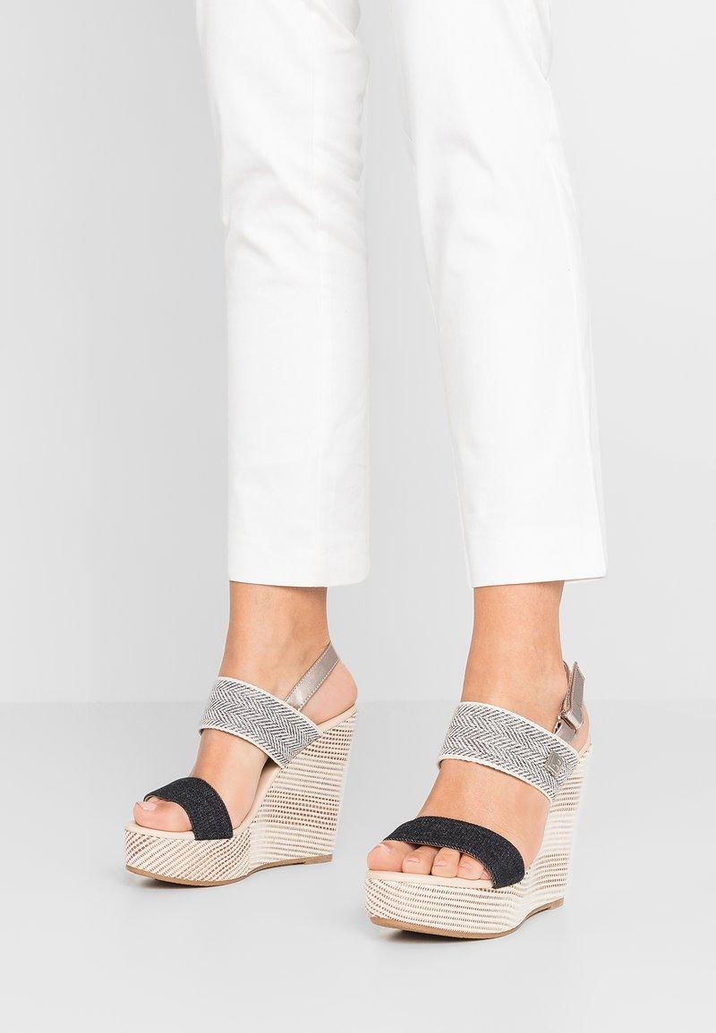 Laura Biagiotti - Højhælede sandaletter / Højhælede sandaler - black