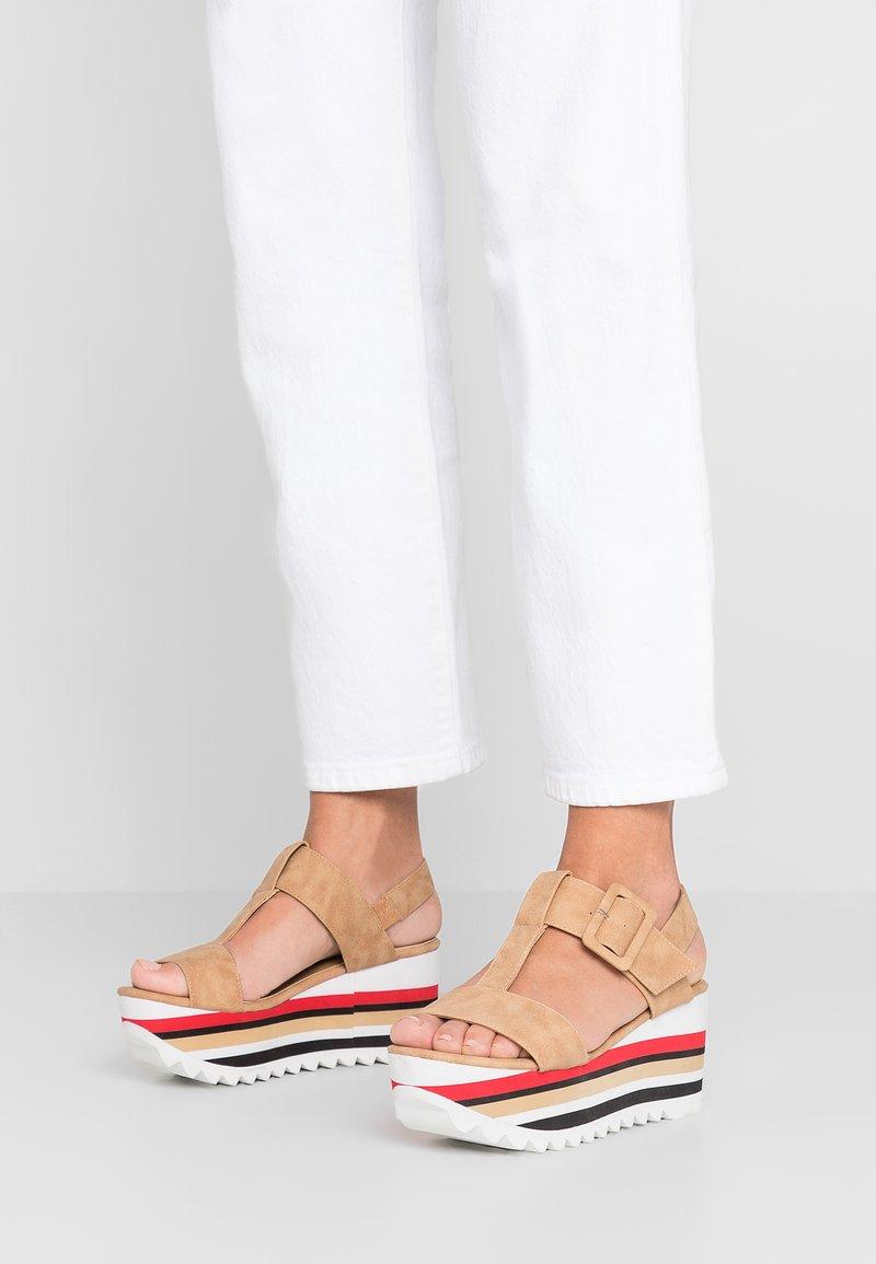 Laura Biagiotti - Platform sandals - sand