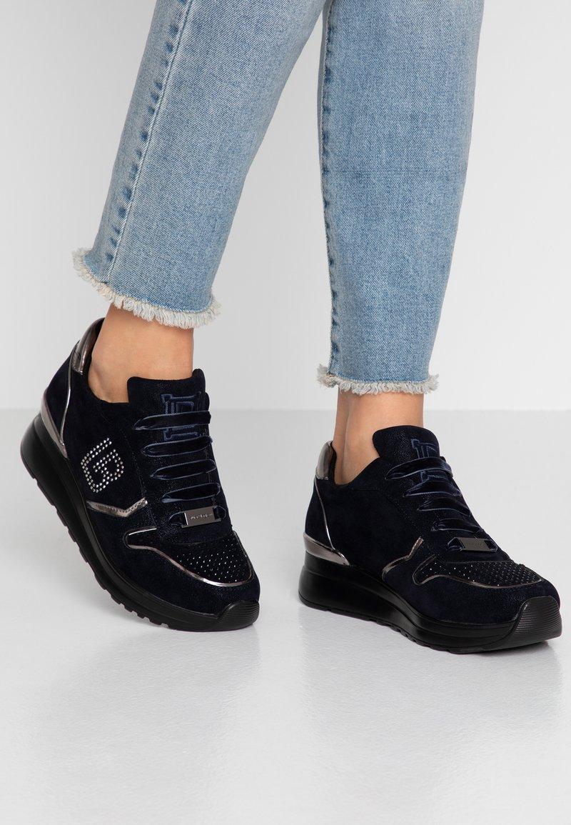 Laura Biagiotti - Sneaker low - moon navy