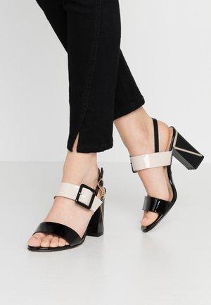 Sandály na vysokém podpatku - black/beige