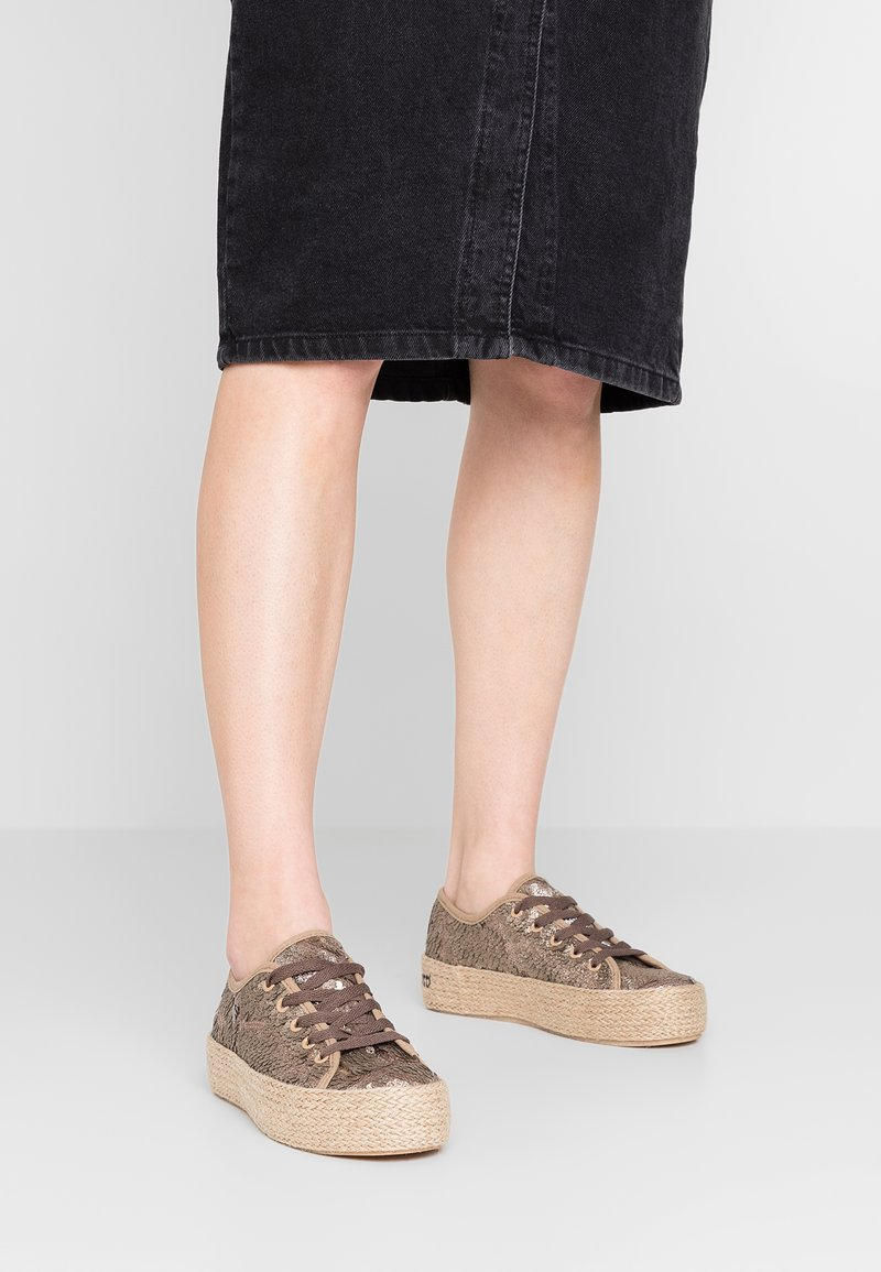 Laura Biagiotti - Loafers - brown