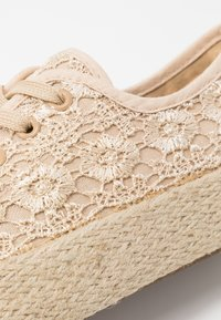 Laura Biagiotti - Loafers - beige - 2