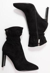 Laura Biagiotti - Kotníková obuv na vysokém podpatku - black - 3