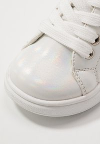 Laura Biagiotti - Sneakers laag - silver - 2