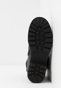 Laura Biagiotti - Kotníkové boty - black - 5