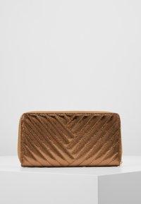 L.Credi - DULLI - Wallet - bronze - 3
