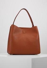 L.Credi - MAXIMA - Handbag - cognac - 2