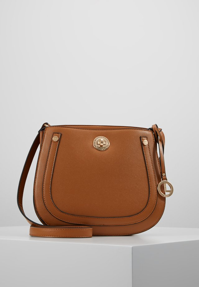 EDINA - Across body bag - cognac