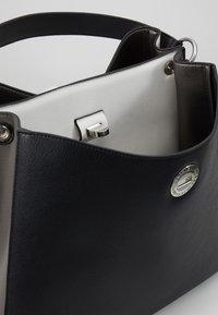 L.Credi - ELINOR - Handtasche - schwarz - 4