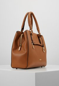 L.Credi - ELECTRA - Handbag - cognac - 3