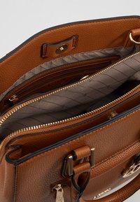 L.Credi - ELECTRA - Handbag - cognac - 4