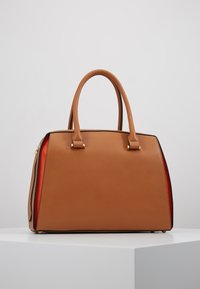 L.Credi - ELISA - Across body bag - cognac - 2