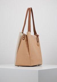 L.Credi - ELYA - Across body bag - beige - 3