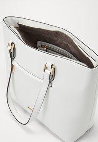 L.Credi - ELECTRA - Håndtasker - weiss - 3