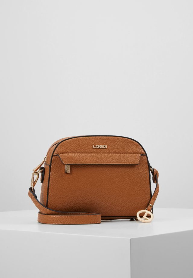 ELLEN - Across body bag - cognac